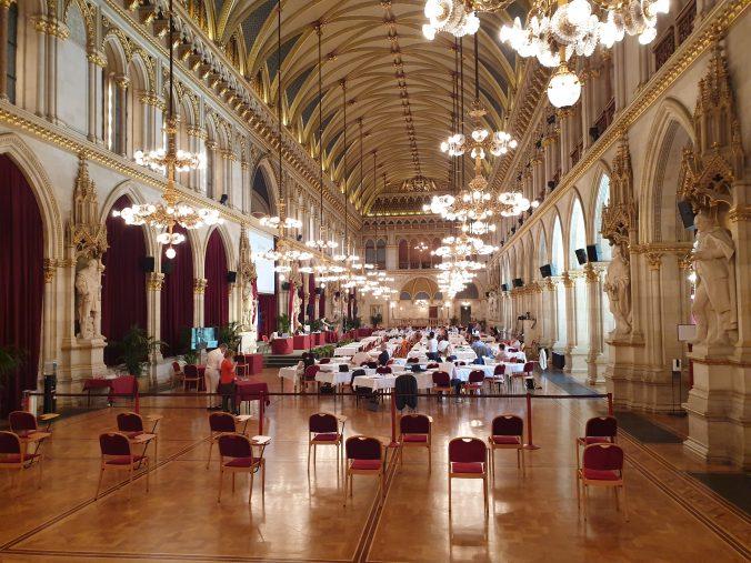 Blick in den Festsaal in Rathaus